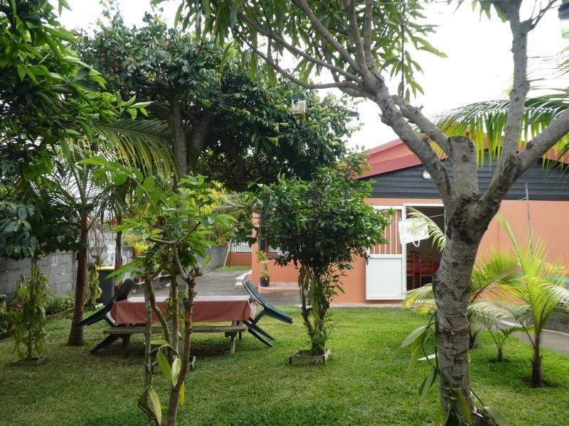 Sale house / villa Les trois mares 320000€ - Picture 2