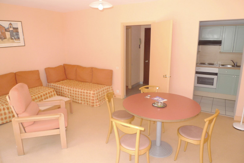 Sale apartment Saint-jean-de-luz 330000€ - Picture 2