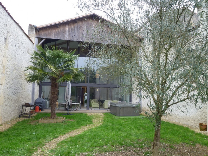 Sale house / villa Cognac 399000€ - Picture 1