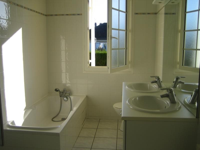 Location maison / villa Trelissac 885€ CC - Photo 6