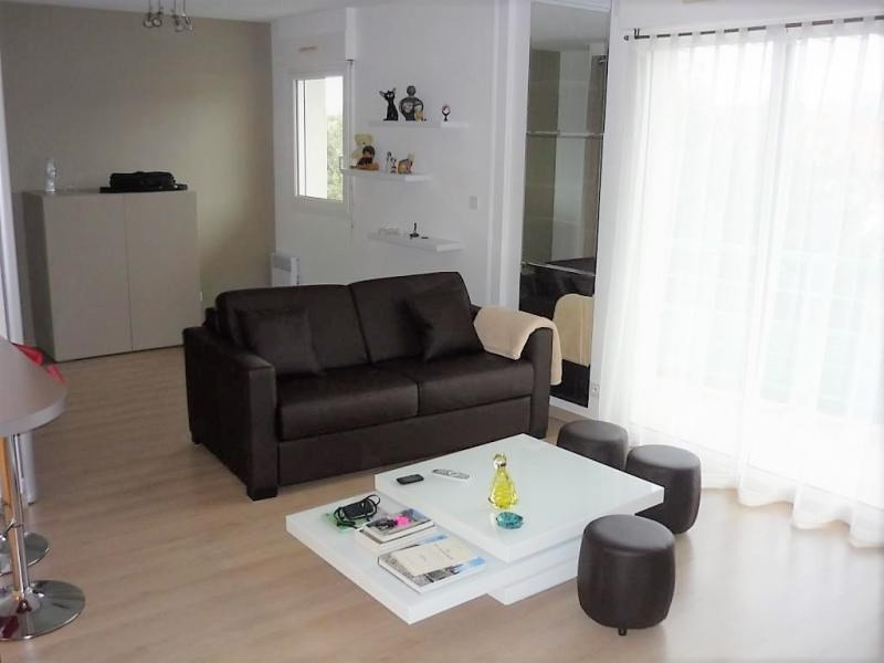 Sale apartment Niort 81 000€ - Picture 1