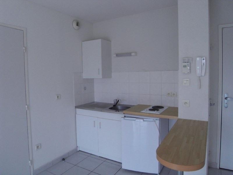 Rental apartment Cognac 383€ CC - Picture 2