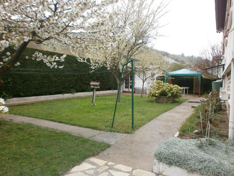 Sale house / villa Ivry la bataille 242000€ - Picture 3
