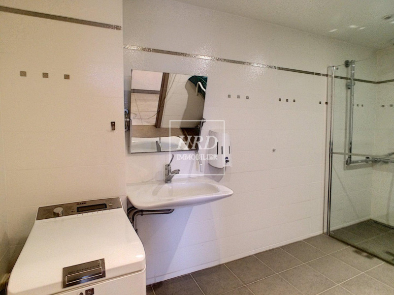 Sale apartment Truchtersheim 252350€ - Picture 7