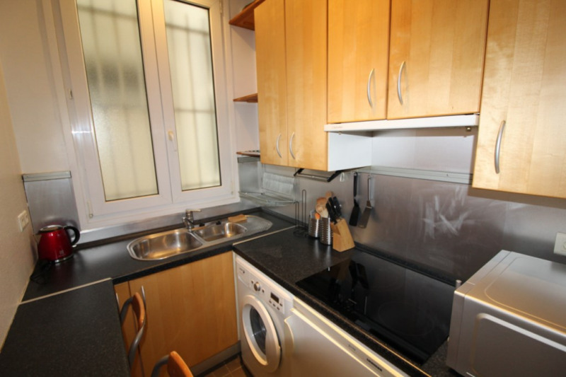 Rental apartment Neuilly-sur-seine 1250€ CC - Picture 3