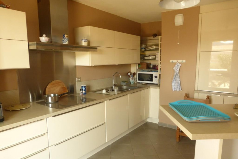 Vente appartement Hyeres 336 000€ - Photo 2