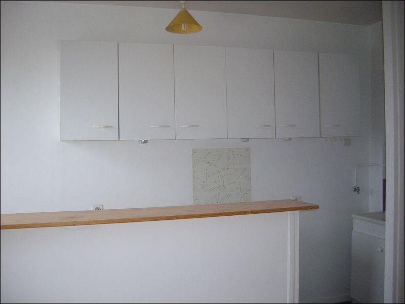 Rental apartment Yerres 613€ CC - Picture 2