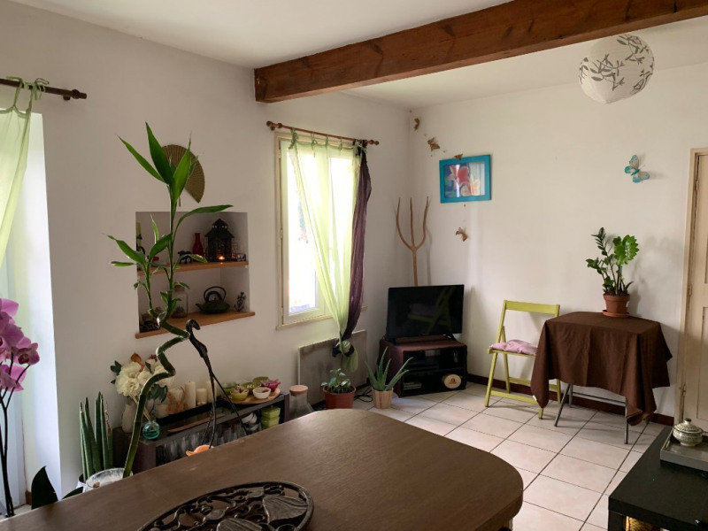 Sale house / villa Vauvert 85 000€ - Picture 1