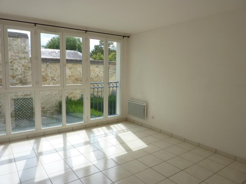 Location appartement Fontainebleau 1 100€ CC - Photo 1