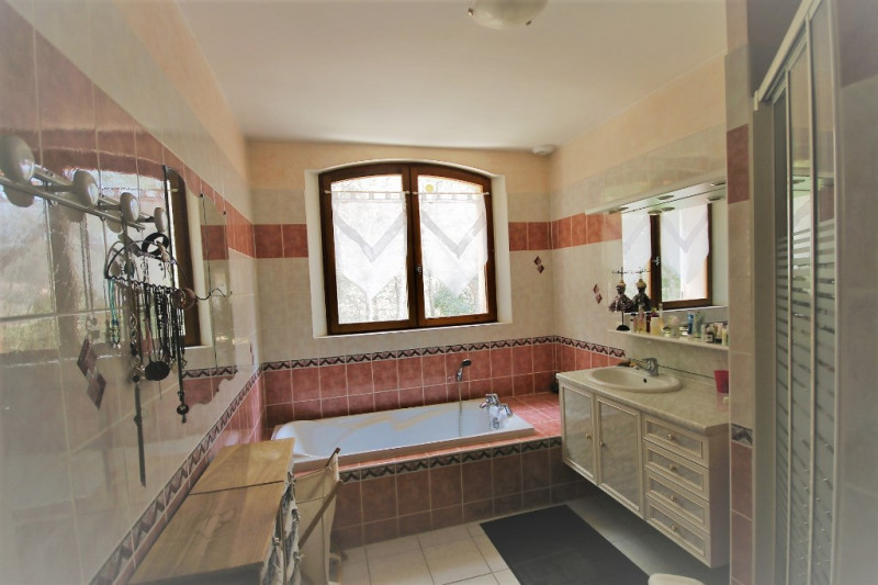 Deluxe sale house / villa Meyrargues 630 000€ - Picture 10
