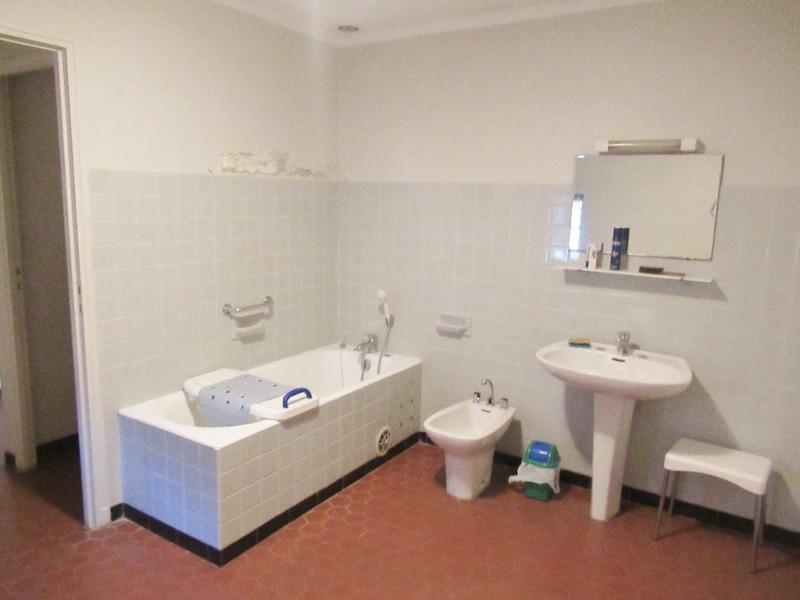 Vente maison / villa Garons 147500€ - Photo 8