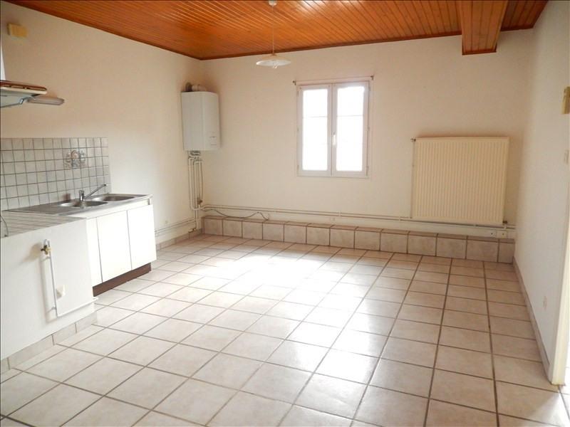Location appartement Coubon 311,79€ CC - Photo 5