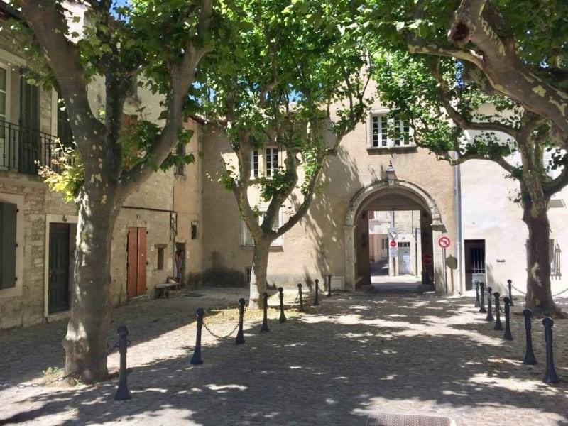 Location appartement Villeneuve les avignon 615€ CC - Photo 1