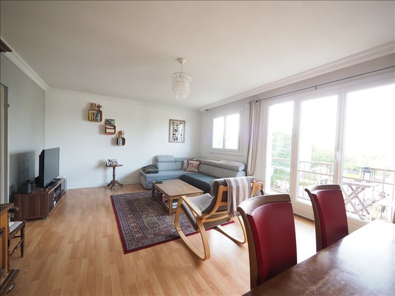 Sale apartment Bois d'arcy 210 000€ - Picture 1