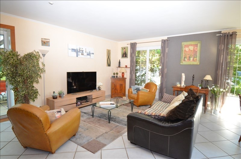 Deluxe sale house / villa Marcy l etoile 730000€ - Picture 4