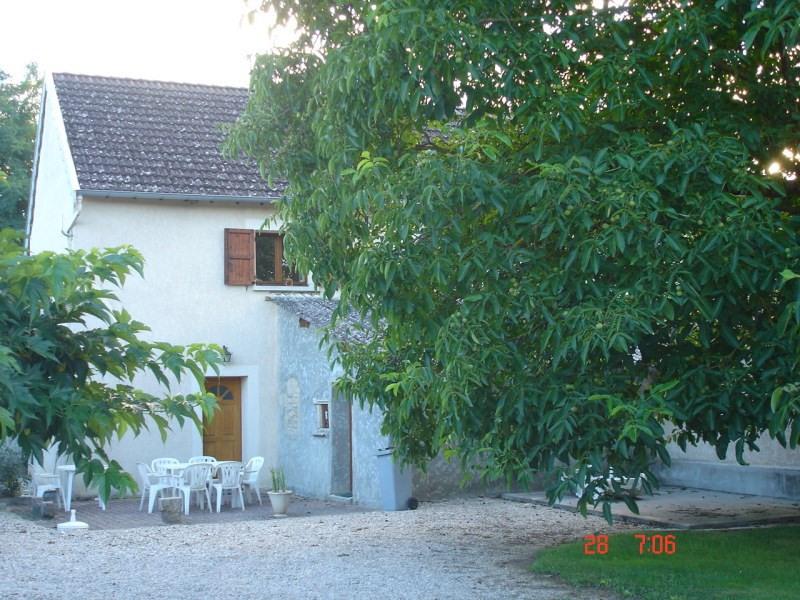 Location maison / villa Optevoz 625€ CC - Photo 1