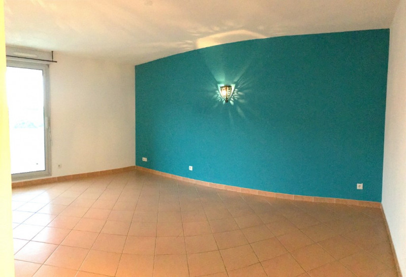 Location appartement Aix en provence 800€ CC - Photo 3