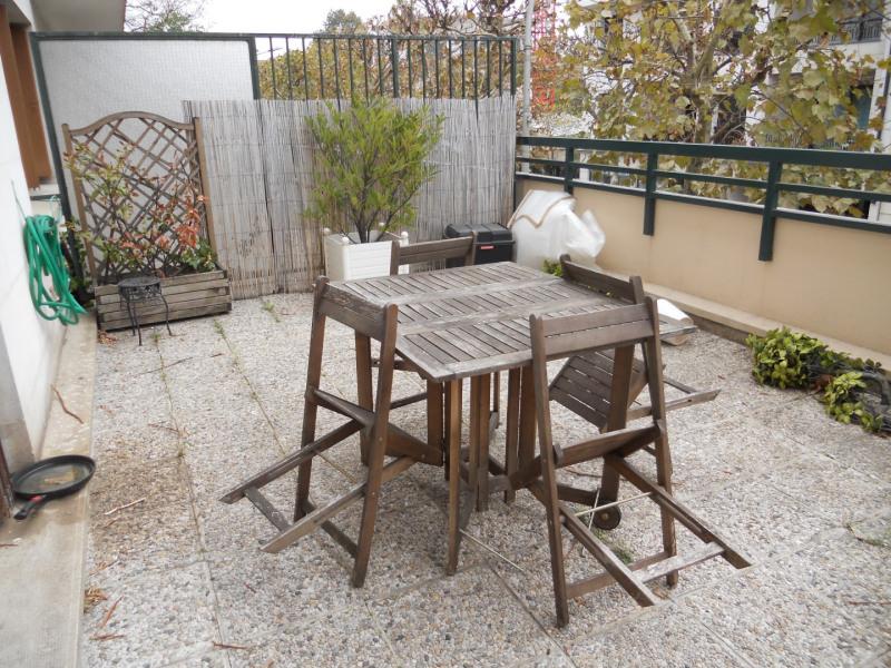 Rental apartment Le perreux sur marne 750€ CC - Picture 1