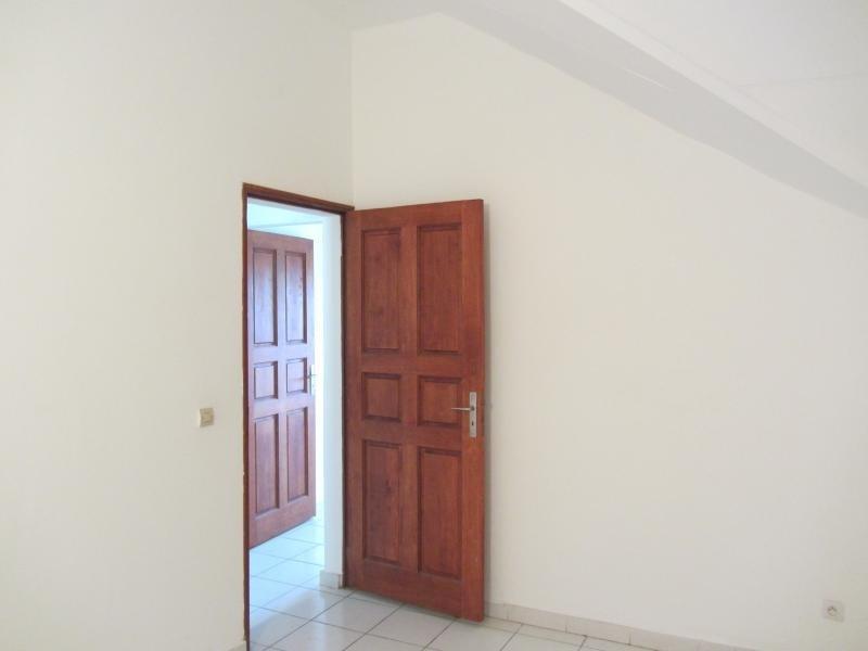 Vente maison / villa St gilles les hauts 300000€ - Photo 10