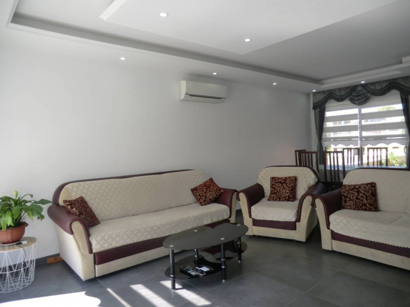 Vente maison / villa Bourgoin-jallieu 349000€ - Photo 10