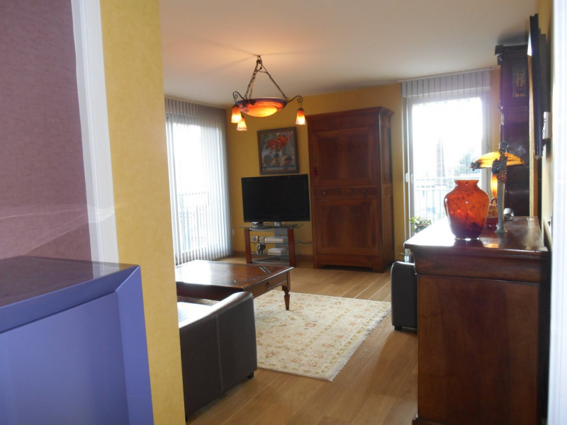 Revenda apartamento Vienne 240000€ - Fotografia 1