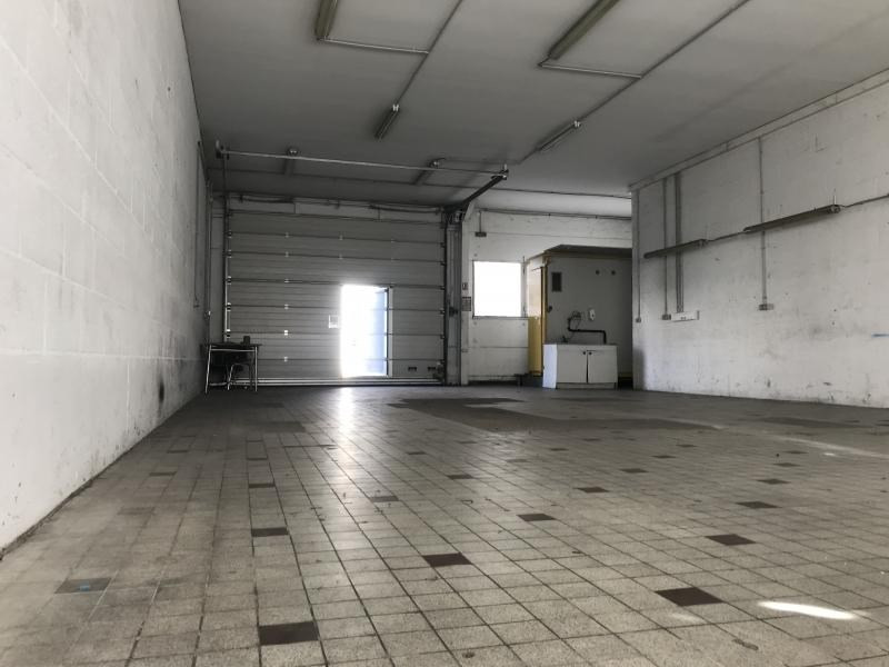 Location local commercial Poitiers 550€ HT/HC - Photo 2