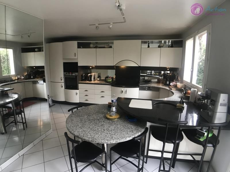 Vente maison / villa Lesigny 568 000€ - Photo 3