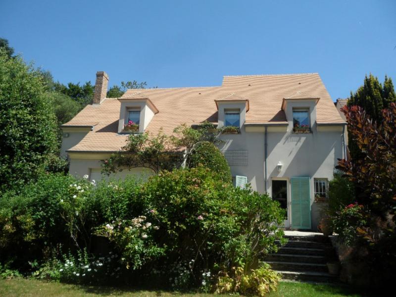 Sale house / villa Feucherolles 740000€ - Picture 1
