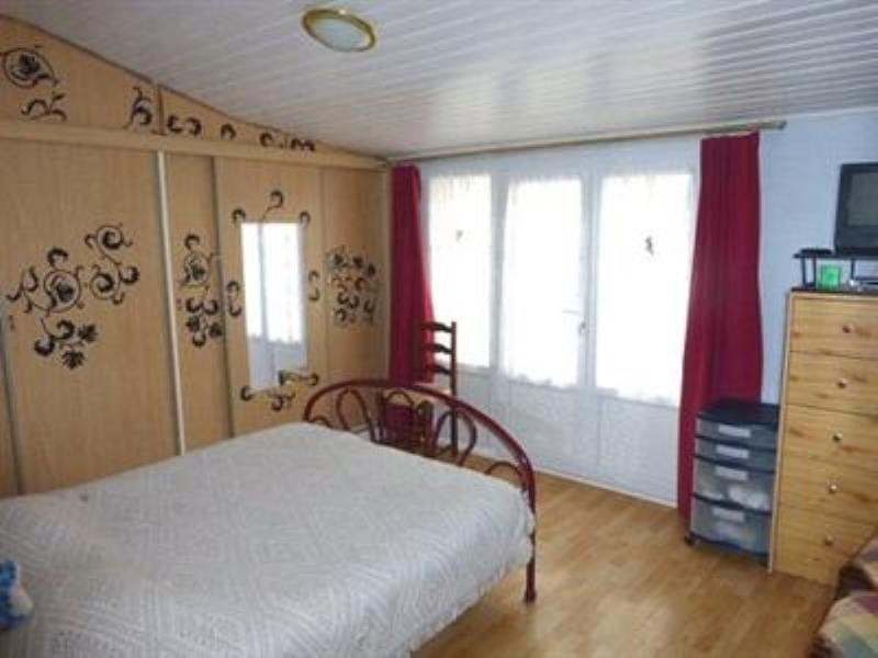 Vente maison / villa St denis du payre 159750€ - Photo 5