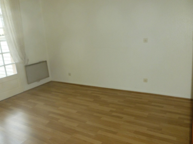 Location maison / villa Escalquens 1 200€ CC - Photo 8