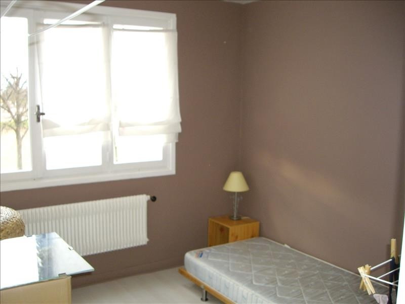 Rental apartment Riorges 550€ CC - Picture 3