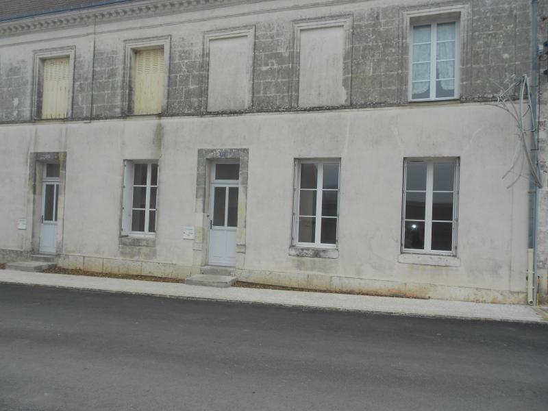 Verhuren  huis Villiers sur loir 428€ CC - Foto 5