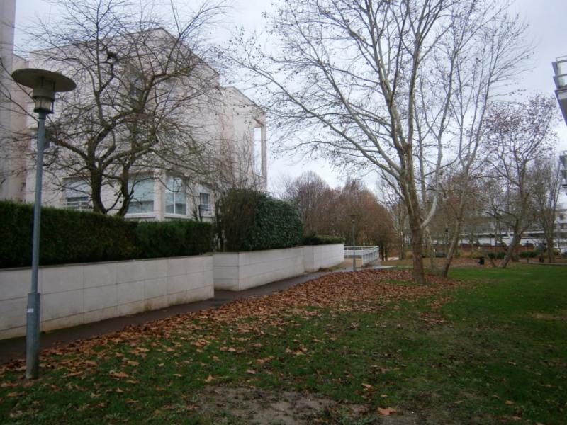 Rental apartment Montigny le bretonneux 672€ CC - Picture 6