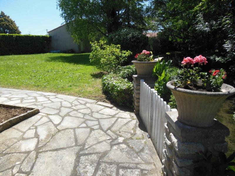 Sale house / villa Saint symphorien 259900€ - Picture 3