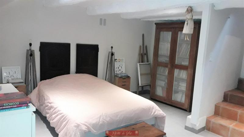 Sale apartment Bormes les mimosas 200000€ - Picture 5