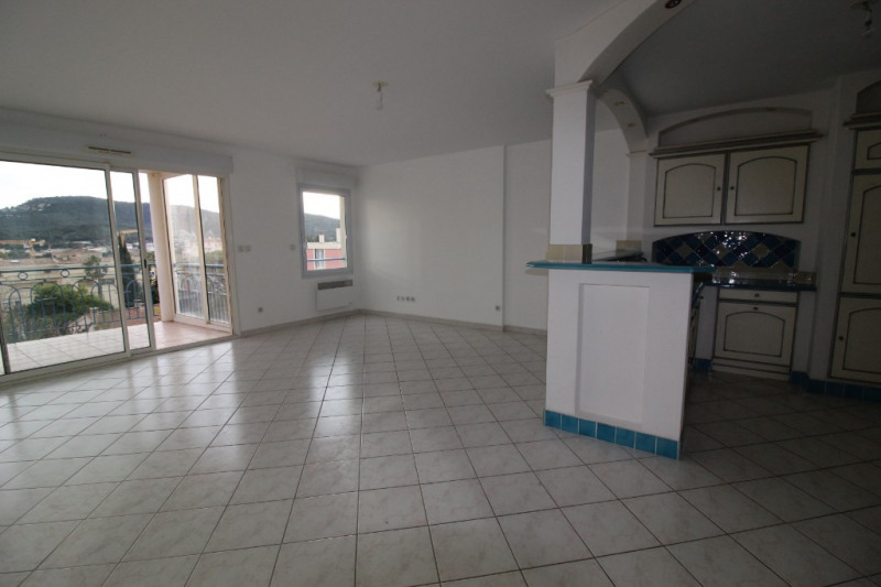 Vente appartement Hyeres 299 900€ - Photo 2