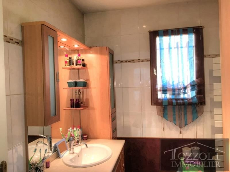 Sale house / villa Satolas et bonce 370000€ - Picture 10