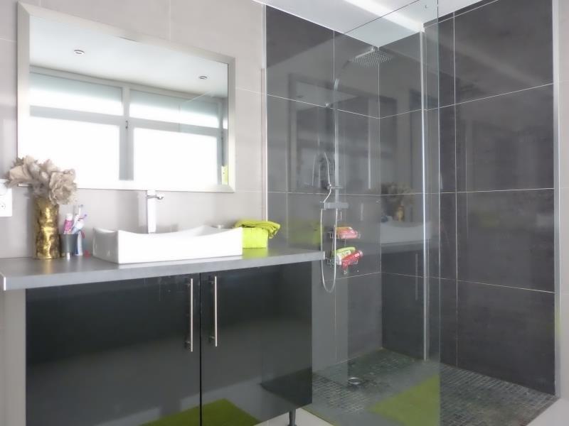 Sale apartment Cluses 200000€ - Picture 5