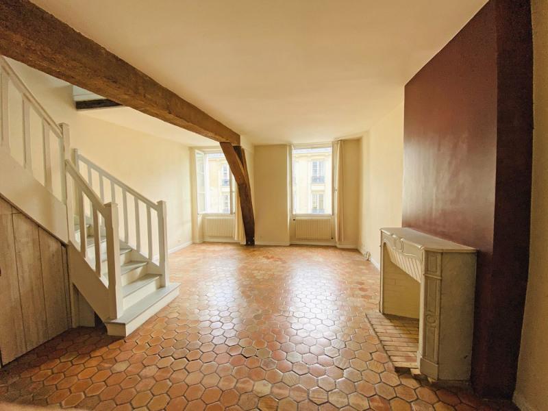 Rental apartment Paris 3ème 1757€ CC - Picture 3