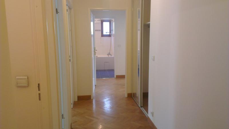 Rental apartment Paris 15ème 2850€ CC - Picture 5