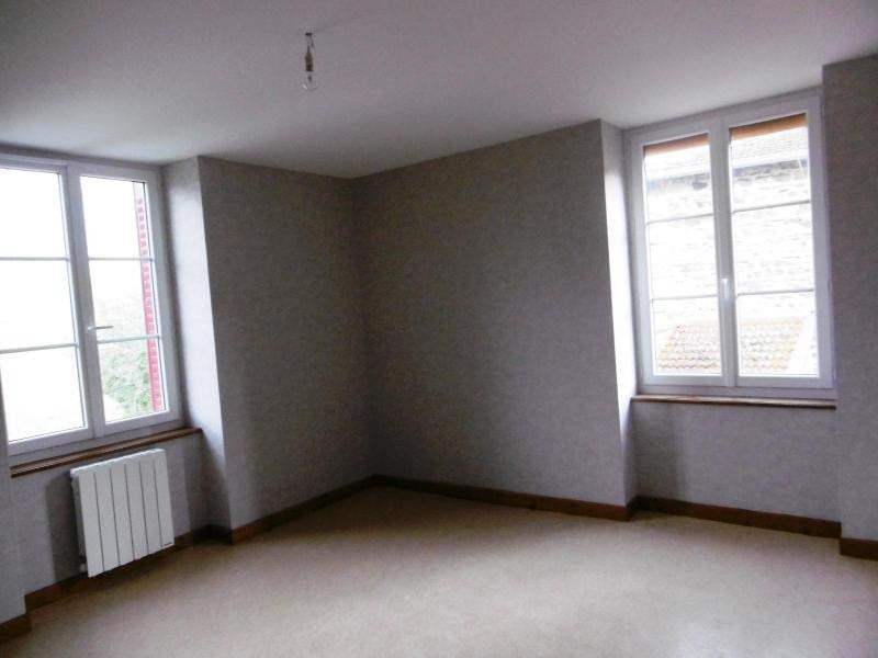 Location appartement Amplepuis 440€ CC - Photo 2