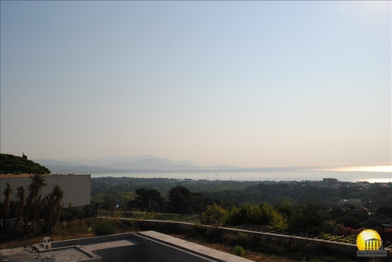 Deluxe sale house / villa Antibes 5950000€ - Picture 1