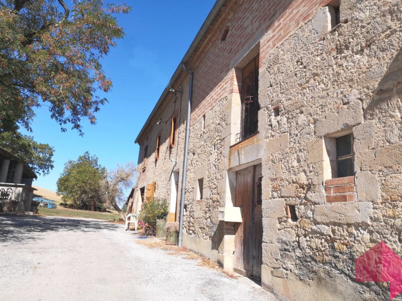 Sale house / villa Caraman 260 000€ - Picture 2