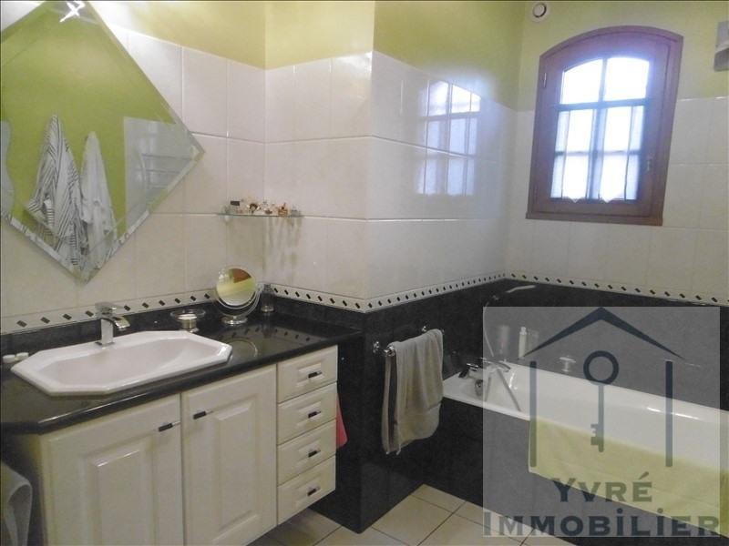 Sale house / villa Yvre l'eveque 364000€ - Picture 8