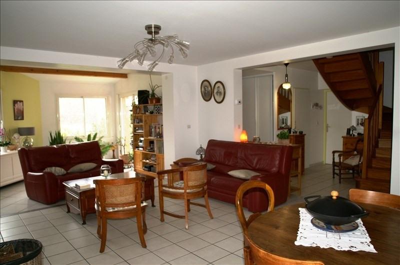 Sale house / villa L'isle d'abeau 295000€ - Picture 2