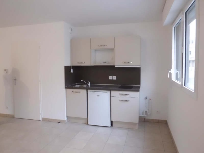 Location appartement Chambery 457€ CC - Photo 1