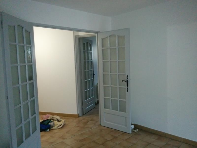Alquiler  apartamento Nimes 700€ CC - Fotografía 5
