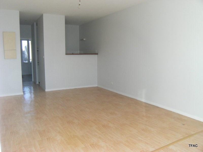 Location appartement Bordeaux 605€ CC - Photo 1