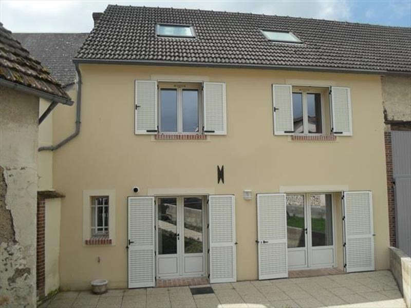 Revenda casa Maintenon 222600€ - Fotografia 1