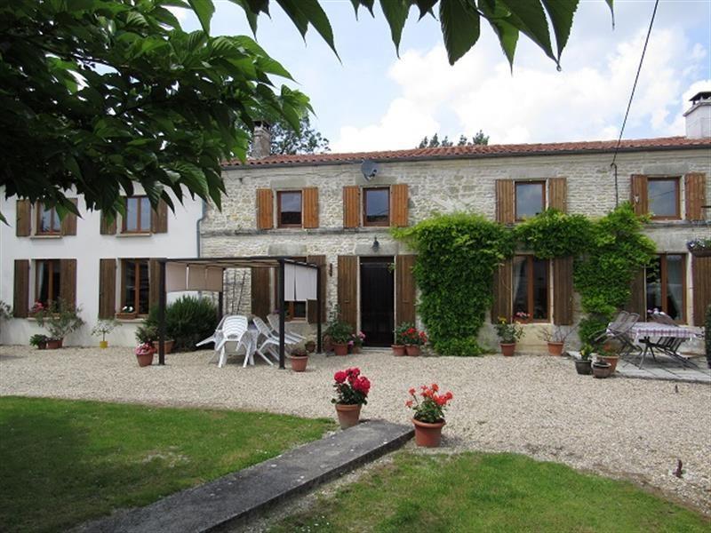 Vente maison / villa Saint hilaire de villefranche 263750€ - Photo 1
